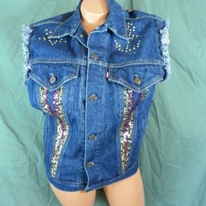 Levi 38 Large Trucker Denim Blue Jean Vest Bling